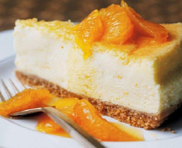 Semi-frio de laranja e natas
