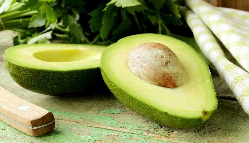 Abacate: 6 benefícios desta fruta milagrosa