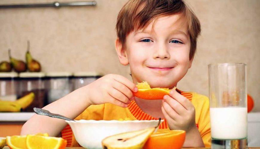 O benefício das frutas para as crianças
