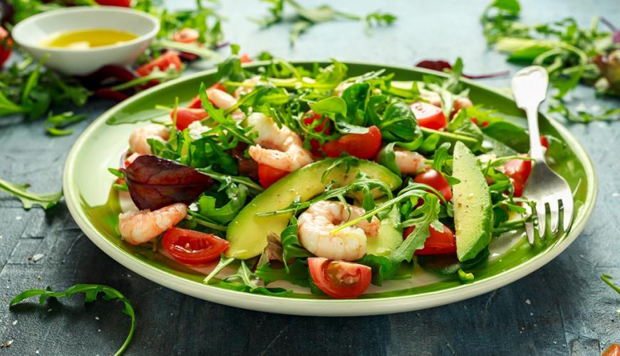 Salada mista com Abacate e Camarão
