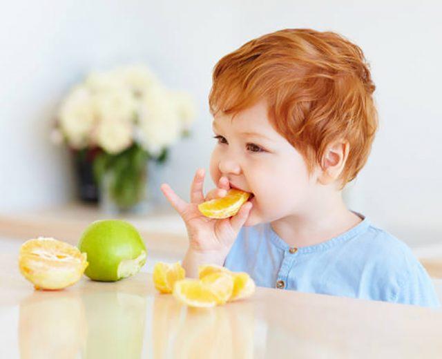 7 alimentos para aumentar a imunidade das crianças nos dias frios